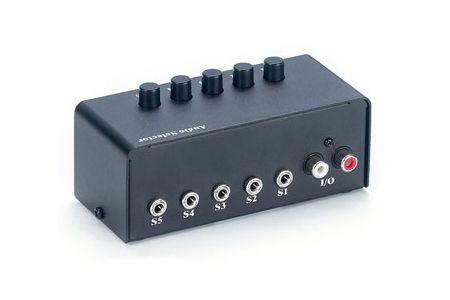 d36e8056169f7 Porovnání ceny levné Kabely a konektory genius switching box - srovnání cen  online