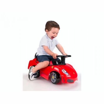 Famosa Odrážedlo Auto Ferrari