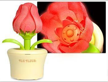 PRIME Flu Fleur Solar Desk Flower