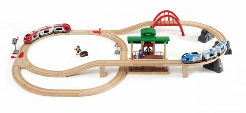 Brio Vláčkodráha velká s výhybkami, mostem, nástupištěm
