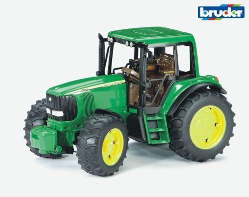 Bruder JOHN DEERE 6920 Traktor cena od 0 Kč