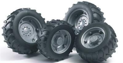 BRUDER Náhradní kola k traktoru cena od 139 Kč