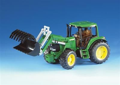 BRUDER - Traktor John Deere 6920 se lžící cena od 503 Kč