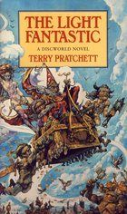 Pratchett Terry: Light Fantastic (Discworld Novel #2) cena od 176 Kč