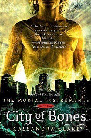 Clare Cassandra: City of Bones (Mortal Instruments #1) cena od 210 Kč