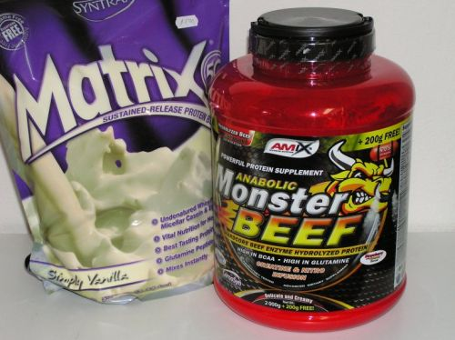 Amix Anabolic Monster beef 90% Protein 2200 g + Syntrax Matrix 5.0 2270 g