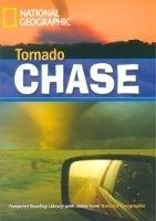 Heinle ELT FOOTPRINT READERS LIBRARY Level 1900 - TORNADO CHASE + Multi... cena od 151 Kč