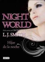 Editorial Planeta, S.A. HIJAS DE LA NOCHE - SMITH, J. L. cena od 318 Kč