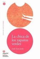 SANTILLANA EDUCACIÓN, S.L. LA CHICA DE LOS ZAPATOS VERDES + CD (Leer En Espanol Nivel 2... cena od 0 Kč