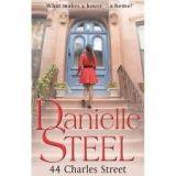 Steel Daniele: 44 Charles Street cena od 145 Kč