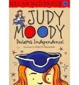 Walker Books Ltd JUDY MOODY DECLARES INDEPENDENCE - MCDONALD, M. cena od 150 Kč