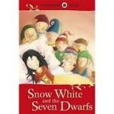 Ladybird Books LADYBIRD TALES: SNOW WHITE AND THE SEVEN DWARFS cena od 108 Kč