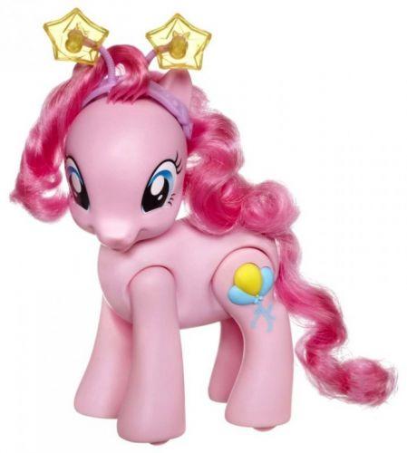 HASBRO My Little Pony Chodící a mluvící Pinkie Pie cena od 0 Kč