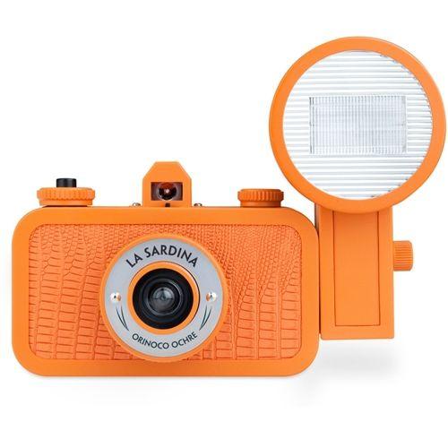 LOMOGRAPHY La Sardina camera & Flash