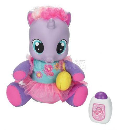 My Little Pony Lechtivá a chichotající se Lily cena od 922 Kč