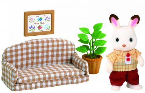 Sylvanian Families Nábytek chocolate králíků taťka na pohovce cena od 327 Kč