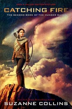 Suzanne Collins: Catching Fire Movie Tie-in cena od 185 Kč