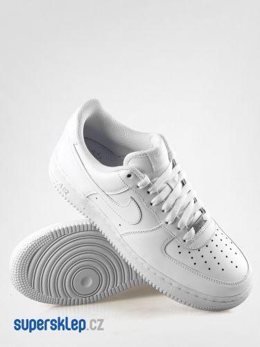 Nike Air Force 1 07 boty