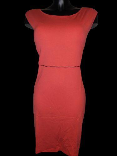 Favab Saxa šaty