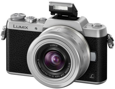 Panasonic Lumix DMC-GF7 cena od 9990 Kč