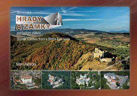 Milan Paprčka: Slovenské hrady a zámky pohľadom vtákov Slovak Castles from a Bird`s Eye View cena od 457 Kč
