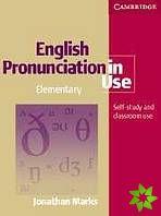 English Pronunciation in Use Elementary cena od 768 Kč