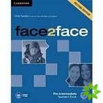 Face2face 2nd Edition Pre-intermediate - Teacher's Book with DVD cena od 596 Kč