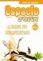Espacio joven A2.2 - Libro de ejercicios cena od 192 Kč