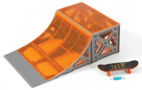 Hexbug Skateboard s rampou quarter pipe cena od 392 Kč