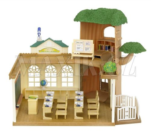 Sylvanian Families Škola u stromu cena od 995 Kč