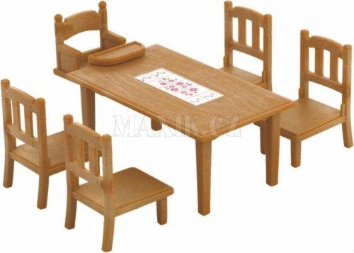 Sylvanian Families Nábytek jídelní stůl se židlemi cena od 145 Kč