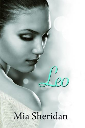 Mia Sheridan: Leo cena od 179 Kč