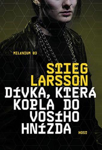 Stieg Larsson: Dívka, která kopla do vosího hnízda cena od 224 Kč