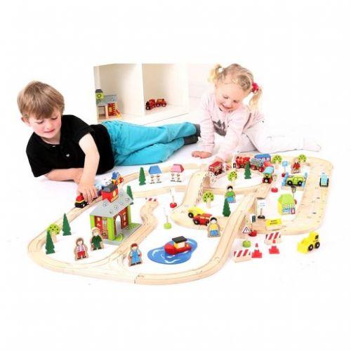 Bigjigs Toys Dřevěná vláčkodráha s cestami cena od 2879 Kč