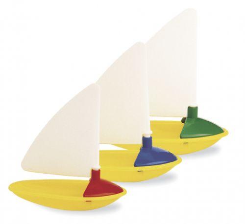Ambi Toys: Tři malé lodičky cena od 95 Kč