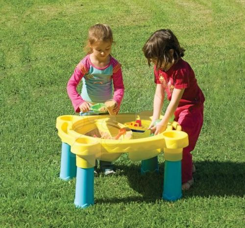 MARIANPLAST Stůl na hraní pro děti s odnímatelným krytem
