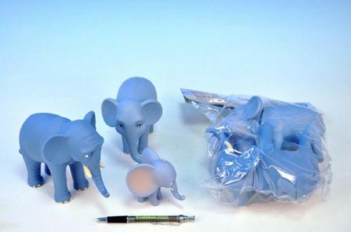 Mikro Trading Nejmenší slon na světě postavičky máma, táta, Bedříšek