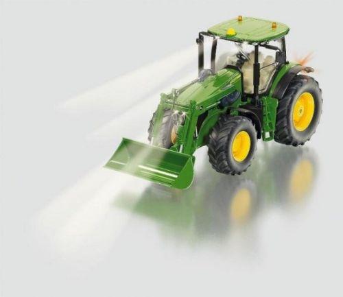 SIKU Control Traktor John Deere s předním nakladačem 1:32 cena od 4999 Kč