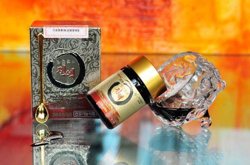 GINLAC Fermentovaný extrakt z červeného ženšenu GOLD 50 g