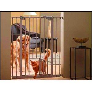 Savic Zábrana dveřní DOG BARRIER vnitřní s integrovanými dvířky 107 cm