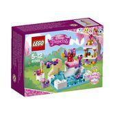 LEGO Disney Princess Zlatíčko a jeho den u bazénu 41069 cena od 197 Kč