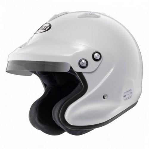 Arai GP-J3 helma