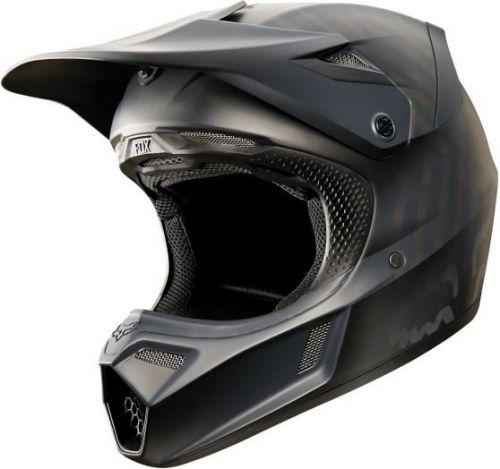FOX V3 helma