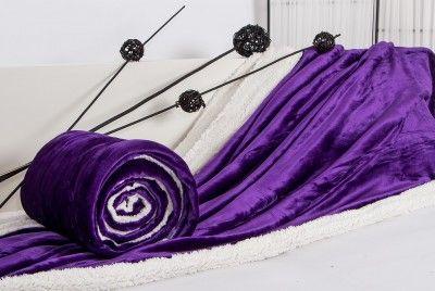 XPOSE tmavě fialová mikroflanelová deka s beránkem