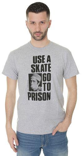 Thrasher Use A Skate Go To Prison triko
