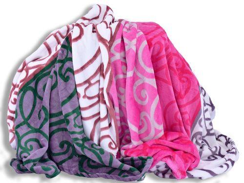 Homeville ornamenty v barevných pruzích mikroplyšová deka
