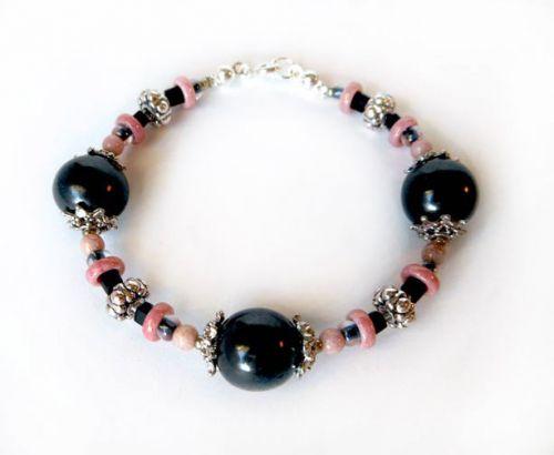 Anastázia Matoušková Náramek šungit + růžové korálky, jednoradý