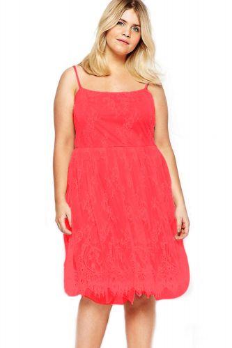 LM moda A Elegantní krátké krajkové šaty červeno růžové cena od 690 Kč