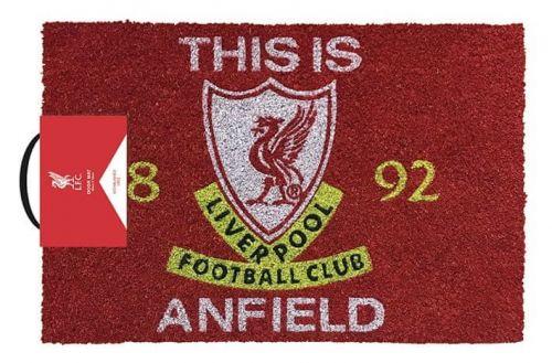 CurePink Rohožka Liverpool FC: This Is Anfield (60 x 40 cm) červená