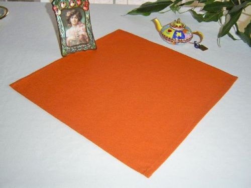 EVENIT - Napron oranžový 70*70